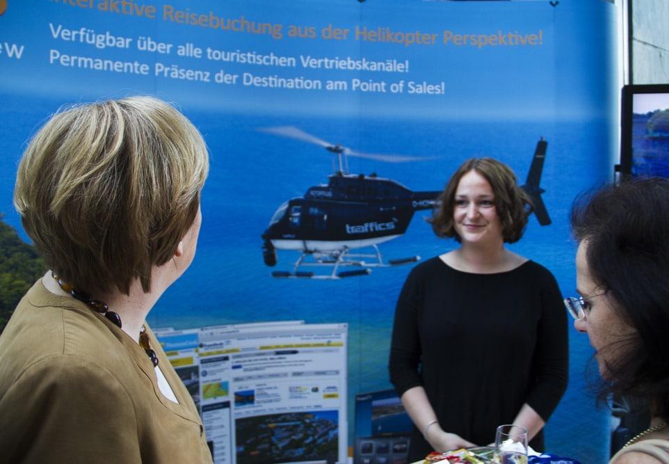 Angela Merkel HeliView Rúgen